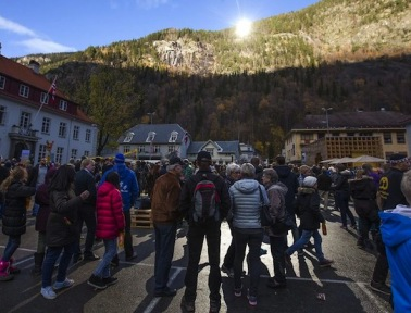 How an Immense Sun Mirror Lights Up Norway's Tiny Rjukan